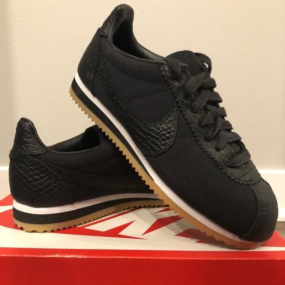 timeless design a983f b1284 FLASH SALE Nike Cortez Black on Black Snakeskin 🐍.  M_5b18aa779539f7ddb1949144